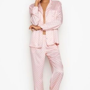 Victoria's Secret Intimates & Sleepwear - Victoria Secret Pajama set.